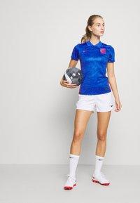 Nike Performance - ENGLAND ENT AWAY - National team wear - mega blue/sport royal - 1