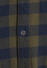 Cars Jeans - LUMBER PLUS - Skjorta - khaki - 2