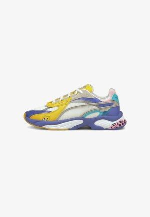 Sneakers laag - solar power puma white