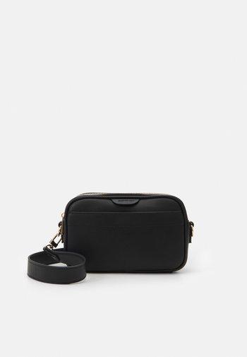 HAZEL SMART CASUAL CAMERA BAG - Across body bag - black