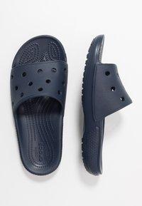 Crocs - CLASSIC SLIDE UNISEX - Sandalias planas - navy - 3
