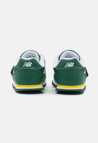 New Balance - IV393BGR - Trainers - green - 2