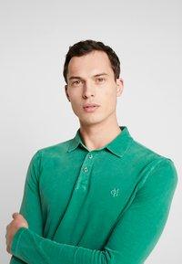 Marc O'Polo - LONG SLEEVE - Polo shirt - verdant green - 3