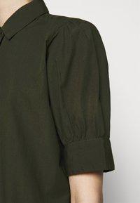 Bruuns Bazaar - FREYIE ALISE SHIRTDRESS - Shirt dress - green night - 4