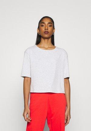 ROUND NECK TEE - T-shirt - bas - grey