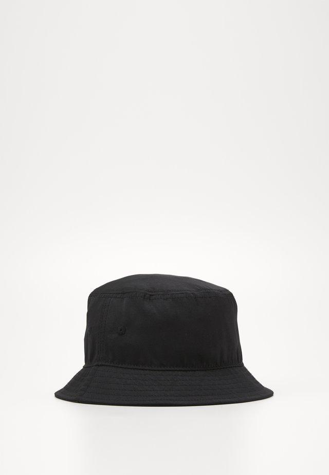 JACALARIC BUCKET HAT - Klobouk - black