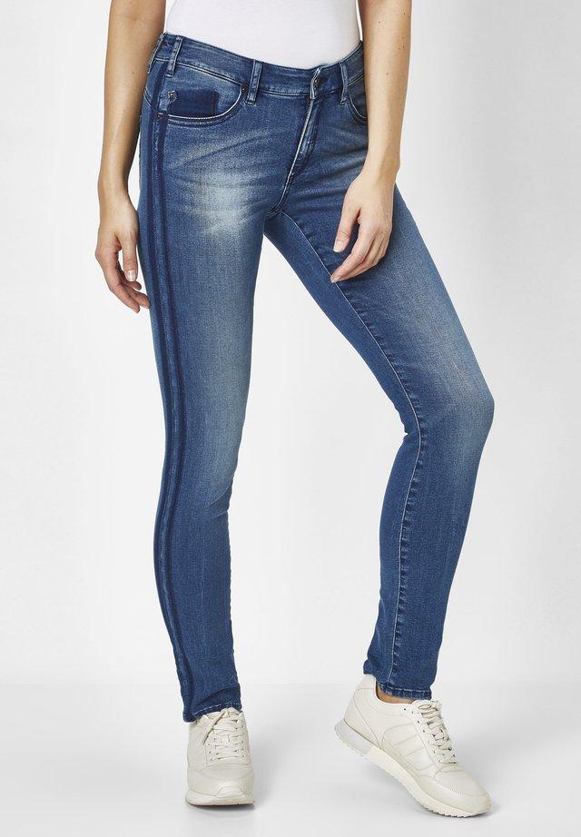 LUCI  - Jeans Skinny Fit - vintage medium stone blue