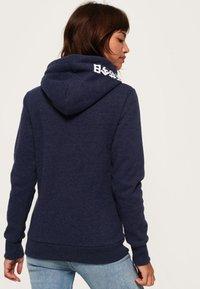 Superdry - RAINBOW SHADOW - Jersey con capucha - blue - 2