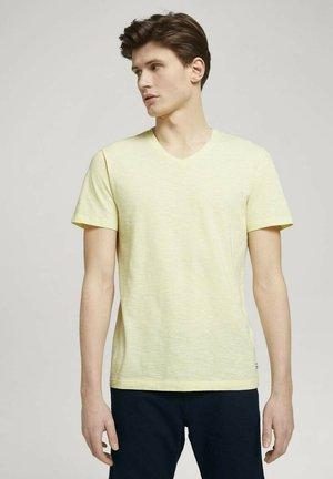 Print T-shirt - yellow white yd melange stripe