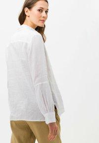BRAX - STYLE VIVIAN - Button-down blouse - white - 2