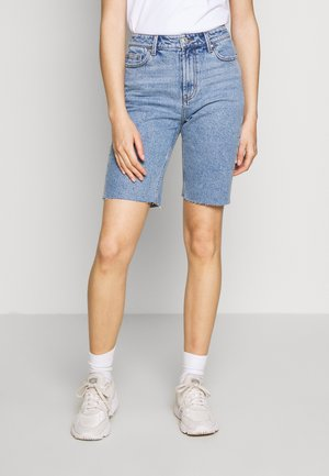 ONLEMILY LONG  - Shorts di jeans - light blue denim