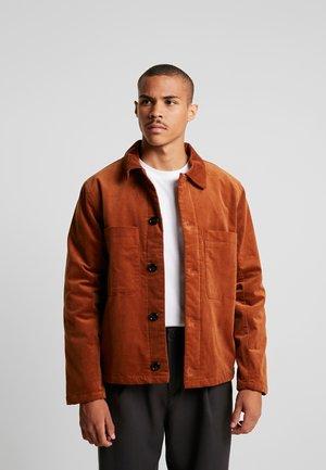AVON  JACKET - Lehká bunda - brown