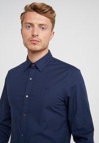 Michael Kors - Formal shirt - midnight - 4