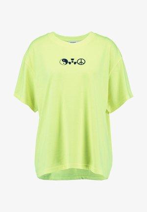EASY - Print T-shirt - yellow
