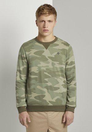 Sweatshirt - khaki stripe camou print