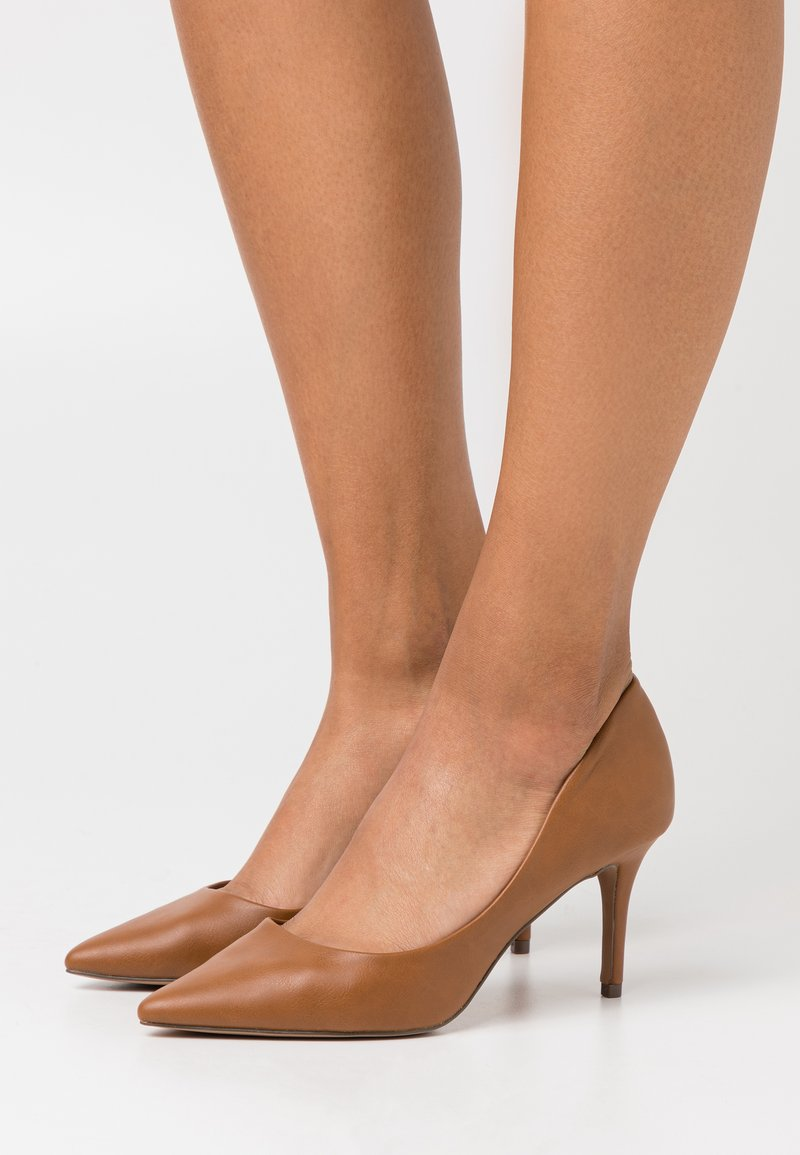 Call it Spring - ECLIPSE - Classic heels - cognac