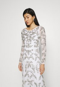 Maya Deluxe - ALL OVER FLORAL DRESS - Occasion wear - ivory - 3