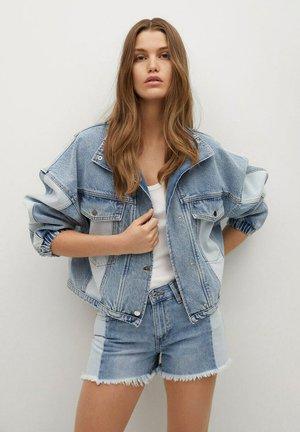 CINDY - Shorts di jeans - medium blue