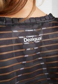 Desigual - TEE STRIPES PATCH - Print T-shirt - dark green - 6