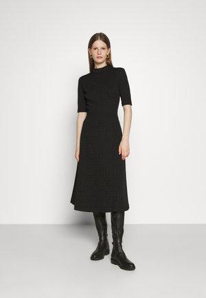 DASERA - Robe en jersey - black