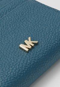 MICHAEL Michael Kors - COIN CARD CASE MERCER - Lommebok - dark cyan - 2