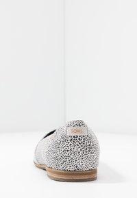 TOMS - JULIE - Ballet pumps - white - 5