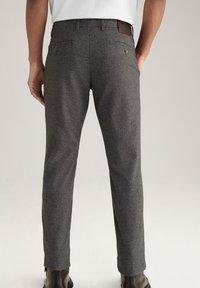 JOOP! Jeans - Trousers - schwarz/navy/braun - 2