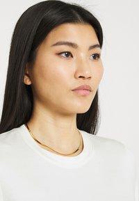 Stylein - CHAMBERS - Jednoduché triko - white - 4
