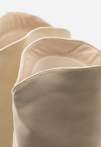 4th & Reckless - SHEA - Boots - cream - 5