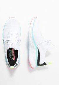 Skechers Sport - SOLAR FUSE - Sneakers laag - white/multicolor - 3