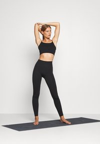 ARKET - Leggings - black dark - 1
