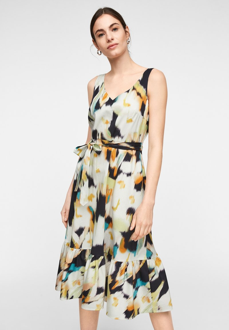 comma - MIT ALLOVER-PRINT - Day dress - navy faded flower