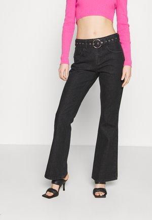 FLARES EYELET BUCKLE BELT - Flared Jeans - charcoal