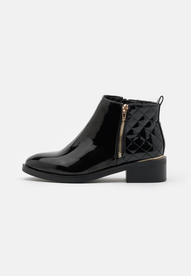 BRUCIE PAT QUILTED ZIP - Ankle boots - black