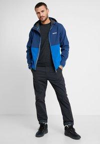 Regatta - AREC  - Soft shell jacket - dark blue/blue - 1