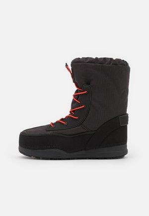 LAAX - Snørestøvletter - black