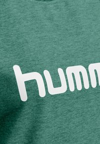 Hummel - Sweatshirt - evergreen - 2