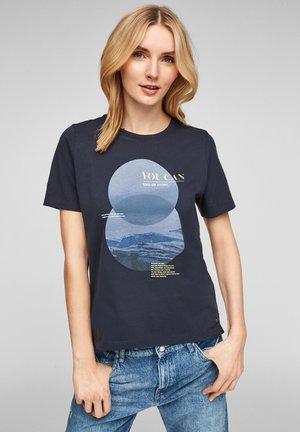MIT FRONTPRINT - Print T-shirt - navy placed big dots print