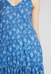 Nly by Nelly - IN YOUR DREAMS DRESS - Jersey dress - blue - 5