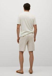 Mango - CARP - Shorts - écru - 2