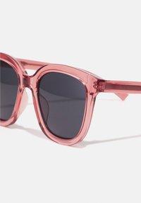 A.Kjærbede - BILLY - Sunglasses - soft red - 2