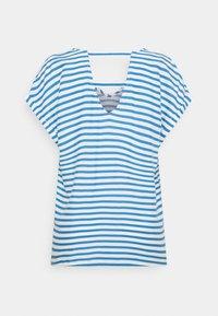 TOM TAILOR DENIM - V NECK  - Print T-shirt - mid blue/white - 1