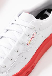 adidas Originals - SLEEK SUPER  - Trainers - footwear white/red/core black - 2