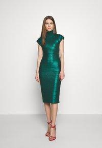 Hervé Léger - MOCK NECK DRESS - Sukienka etui - green - 0