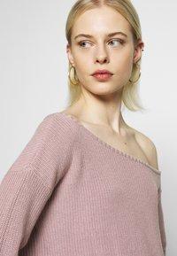 Even&Odd - BASIC-OFF SHOULDER - Sweter - rose - 4