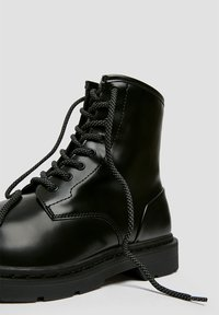 PULL&BEAR - Lace-up ankle boots - black - 6