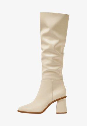 Laarzen - beige