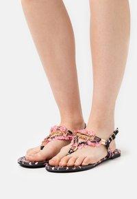 Buffalo - VEGAN REBECCA - T-bar sandals - black/pink - 0