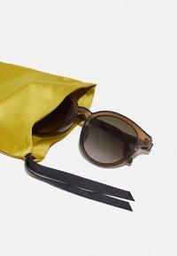 Gucci - Sunglasses - brown/brown - 3