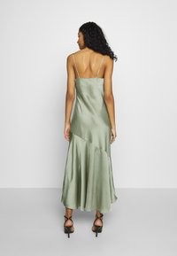 New Look - TRUMPET MIDI DRESS - Koktejlové šaty / šaty na párty - light green - 3